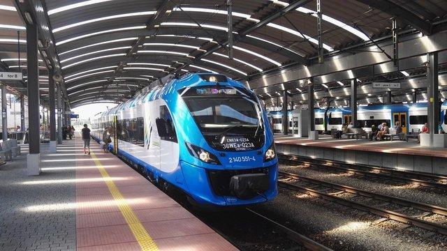 Кабмін дозволив приватним локомотивам працювати на коліях «Укрзалізниці»