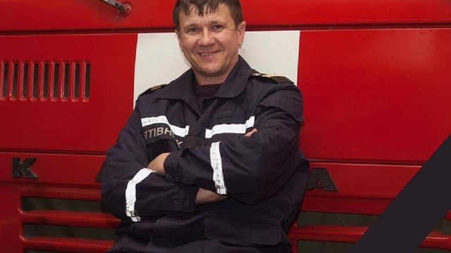 Помер рятувальник, який серйозно постраждав на пожежі в одеському коледжі