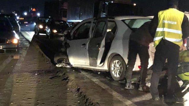 На об'їзній Львова у зіткненні чотирьох машин загинув один з водіїв