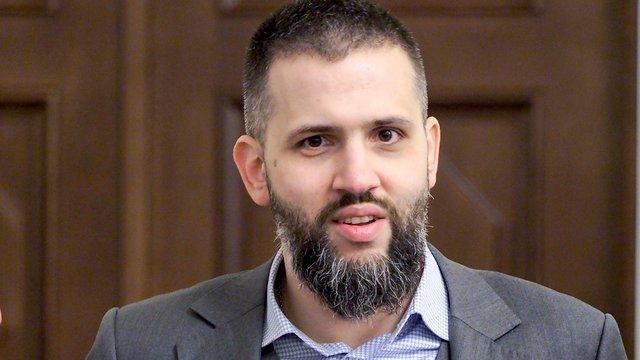 Новий голова ДМС заявив про звільнення надто заможних митників
