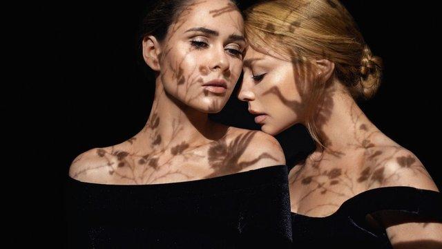 Тіна Кароль та Юлія Саніна записали пісню для фільму «Віддана»
