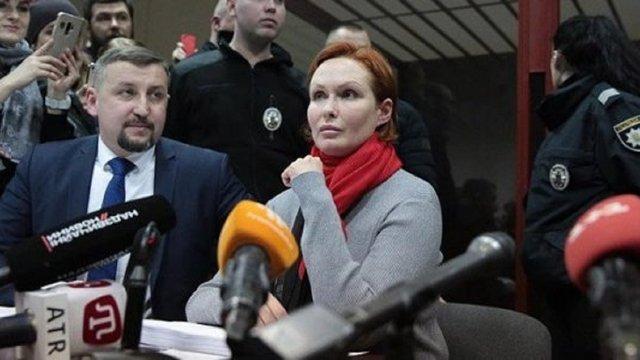Підозрювану у вбивстві Шеремета лікарку Юлію Кузьменко взяли під варту