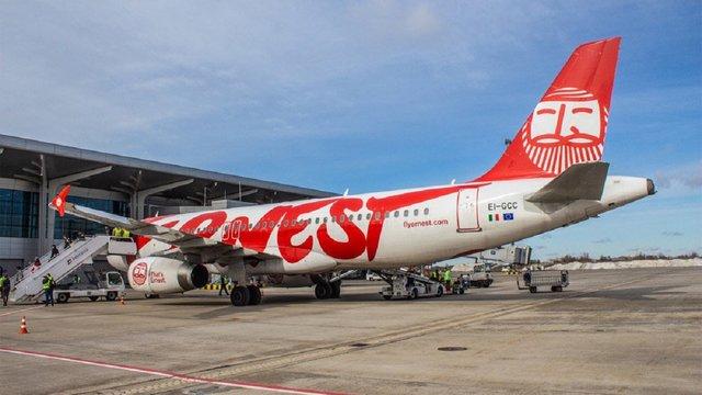 Італійський лоукостер Ernest Airlines призупинив деякі рейси в Україну через нерентабельність