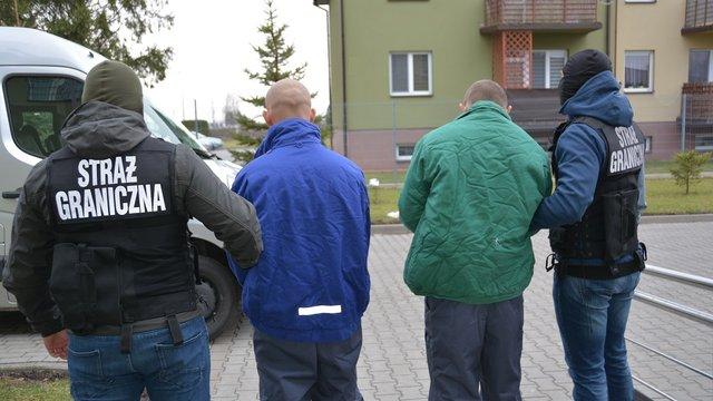 Польські прикордонники затримали двох українців за спробу ввезення 103 кг бурштину