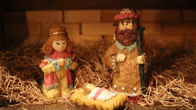 Майже половина львів'ян готові святкувати Різдво лише 25 грудня
