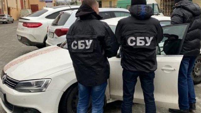 СБУ і поліція обшукали кабінети і помешкання керівників львівських лікарень