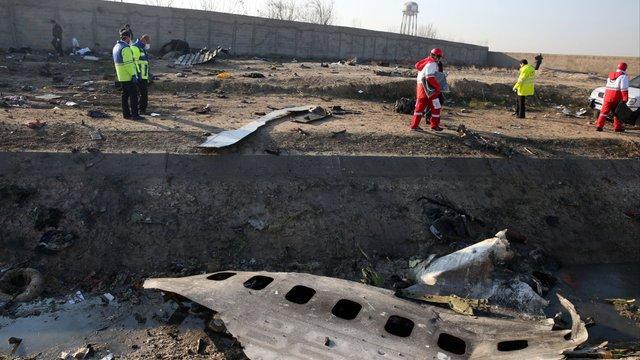 Прем'єр-міністри Канади та Великобританії заявили, що літак МАУ збила іранська ракета