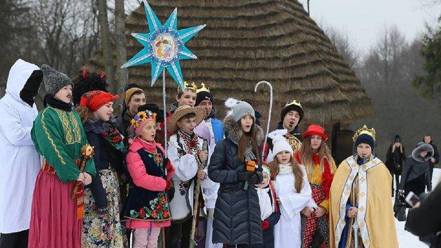 Львів'ян та гостей міста запрошують на Свято пампуха та безкоштовне частування