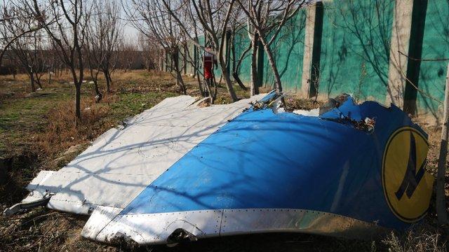 Кабмін виділив по 200 тис. грн сім'ям загиблих в авіакатастрофі в Ірані українцям