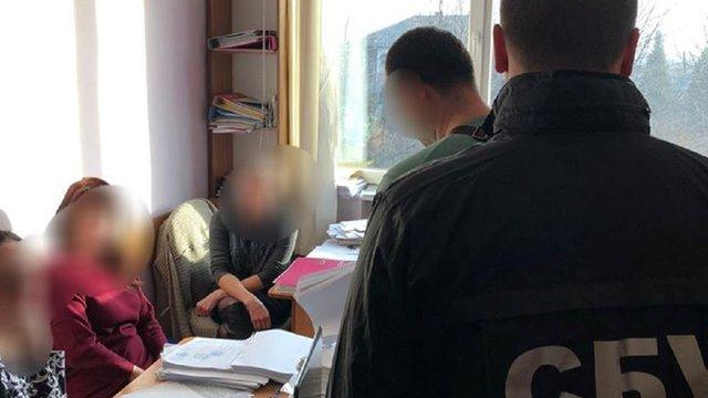 СБУ провела обшуки у Дрогобичі через розтрату 1 млн грн, призначених на вивезення сміття