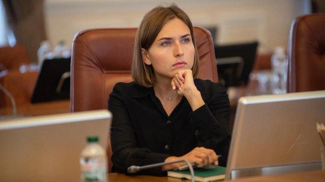 Міністерка освіти пояснила своє висловлювання про «неконкурентну» зарплату в 36 тис. грн