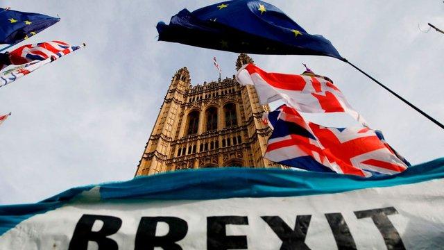 Королева Великої Британії підписала закон про Brexit