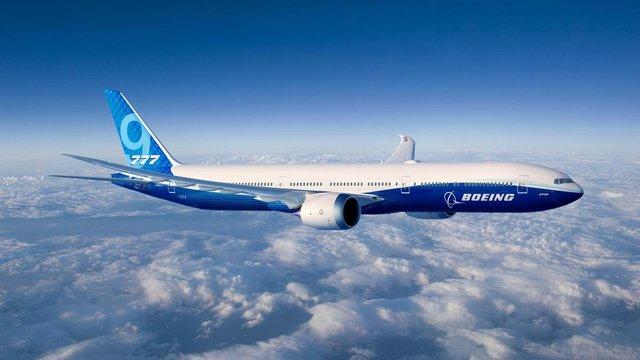 Boeing вперше підняв у повітря новий пасажирський літак 777X