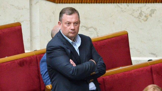Суд відмовився арештувати знайдені в Ярослава Дубневича гроші