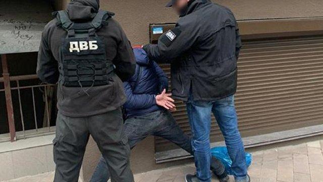 У Києві бойовик «ДНР» поранив поліцейського