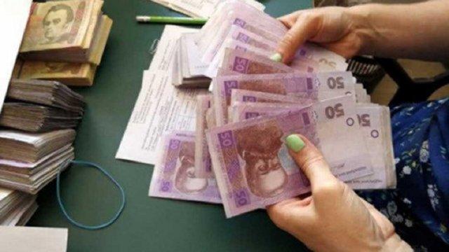 В Україні двічі за рік підвищать максимальну пенсію