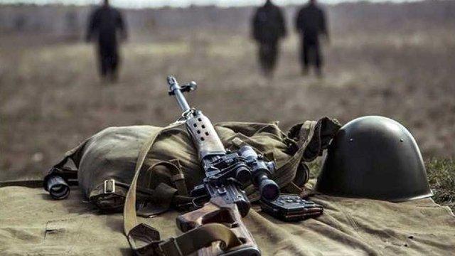 Внаслідок обстрілу бойовиків на Донбасі загинув український боєць