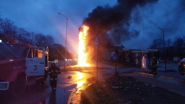 На автозаправці на вул. Липинського у Львові виникла пожежа
