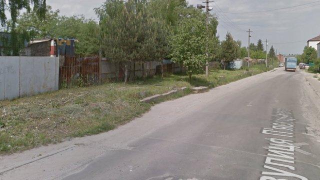 Мер Львова закликав облраду не списувати 13 будівель на вул. П'ясецького, а передати їх місту