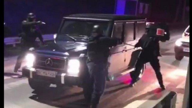 Бійці КОРД затримали на Закарпатті два львівські автомобілі з арсеналом зброї