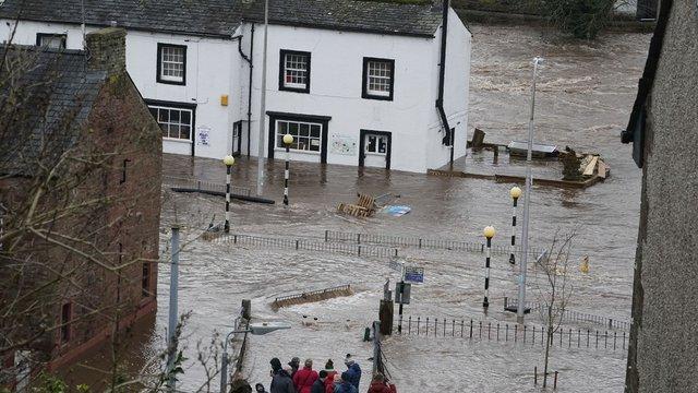 В Європі від урагану «Кіара» загинули шестеро людей