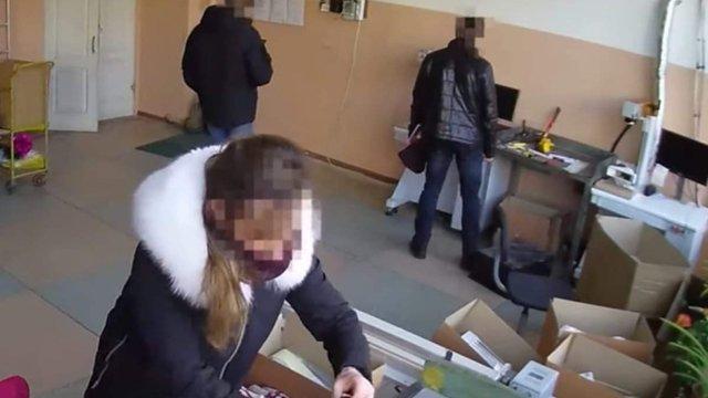 Поліцейські обікрали підприємство незрячих працівників під час обшуку в Одесі