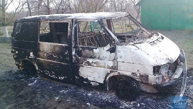 У Волинській області священику ПЦУ спалили автомобіль