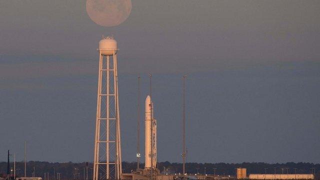 Американо-українська ракета Antares вивела на орбіту корабель з вантажем для МКС
