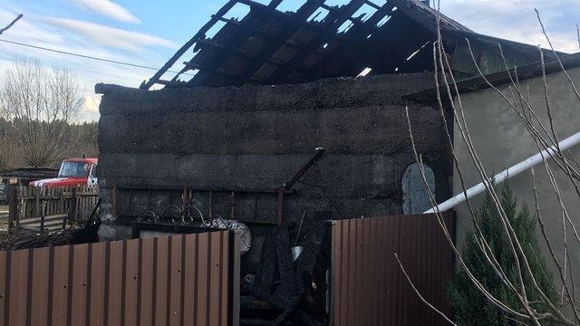 Внаслідок пожежі на Жовківщині 19-річний хлопець отримав 80% опіків тіла