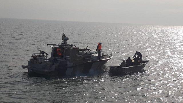 В Україну повернулися затримані ФСБ в Азовському морі рибалки