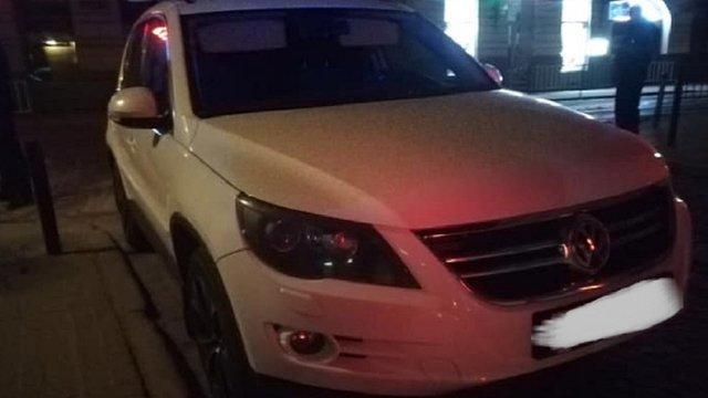 Звільнений за нетверезе водіння львівський поліцейський поновився на посаді через суд