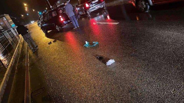 Біля стадіону «Україна» у Львові автомобіль збив 16-річного підлітка на «зебрі»
