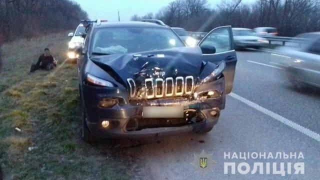 На Полтавщині джип врізався у маршрутку, двоє людей загинули