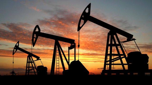 У світі обвалилися ціни на нафту на рекордні 30%
