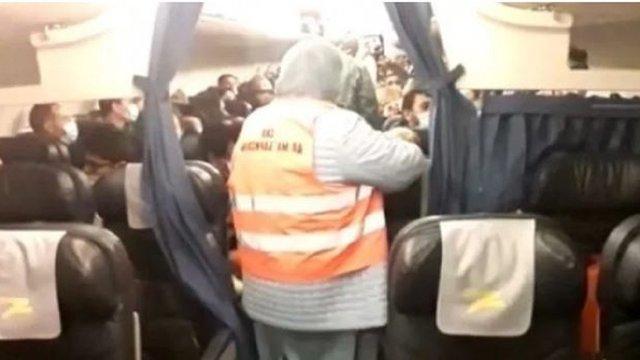 Медики не виявили коронавірусу у жодного з пасажирів літака Мілан-Київ