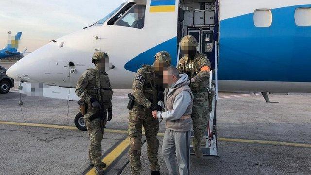 До України екстрадували підозрюваного в організації вбивства Катерини Гандзюк