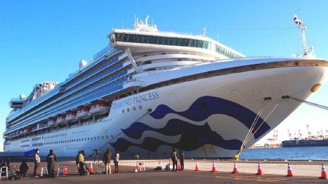 В Україну повернулися 46 членів екіпажу круїзного лайнера Diamond Princess