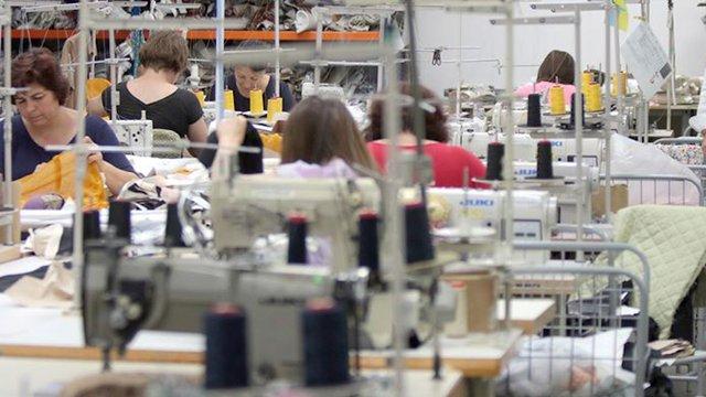 Львівська швейна фабрика «Троттола» шитиме захисні костюми для медиків