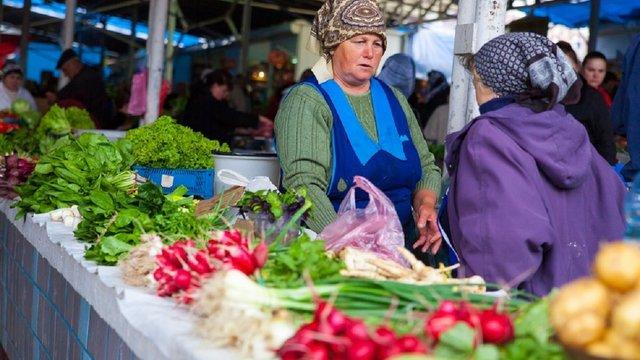 На львівські ринки не впускатимуть одночасно більше 10 людей
