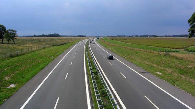 Укравтодор планує з'єднати швидкісними дорогами обласні центри Західної України
