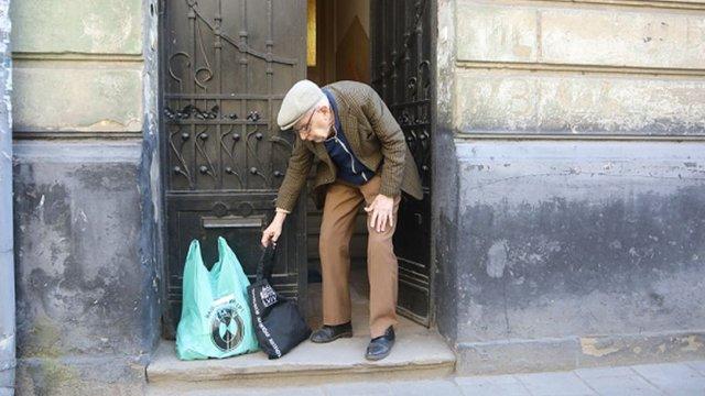 Потребуючих львів'ян під час карантину безкоштовно забезпечують продуктами