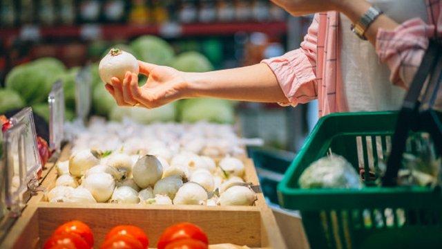 Зростання цін на продукти в супермаркетах: причини, прогнози та загроза тотального дефіциту