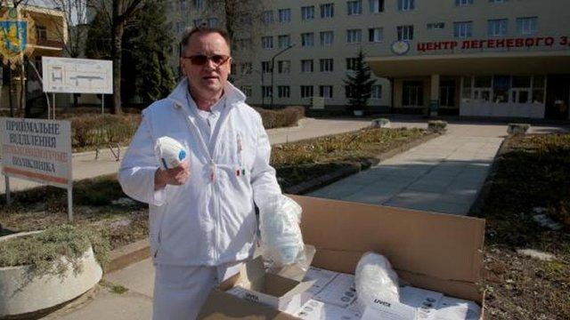 Львівський  Центр легеневого здоров'я отримав 500 респіраторів з Китаю