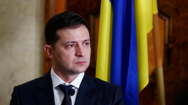 Рейтинг Володимира Зеленського знизився до 44%