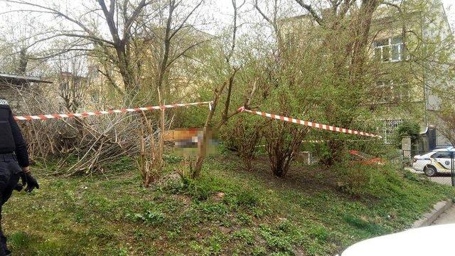 В результаті вибуху на вулиці у Львові загинув 43-річний чоловік