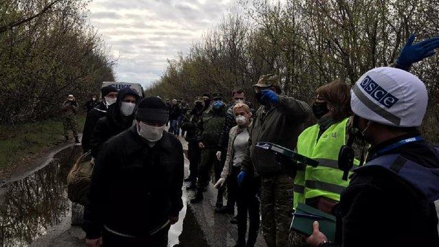 Україна почала новий обмін полоненими з бойовиками ОРДЛО