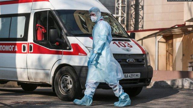 КМДА не змогла пояснити, чому священники з Почаєва лікуються в Києві