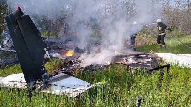 Двоє людей загинули в авіакатастрофі на Дніпропетровщині
