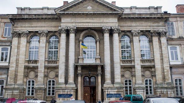 Медичні заклади Львівщини у квітні отримали від НСЗУ понад 300 млн грн