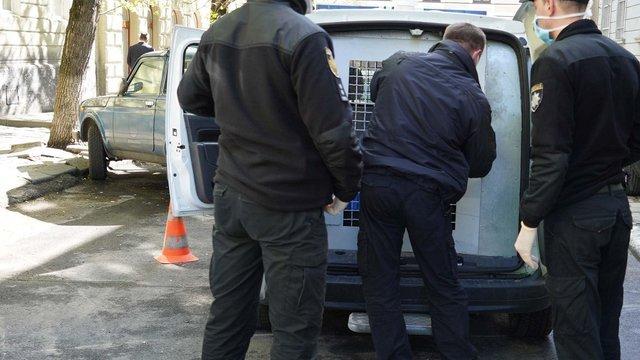 У Вінниці поліція затримала азербайджанця, який підрізав працівницю автомийки у Львові